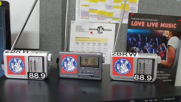 Braidwood FM donated radios